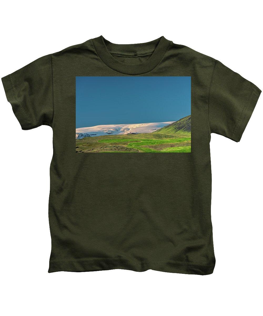 Windows Kids T-Shirt featuring the photograph Windows Wallpaper by Joseph Howard