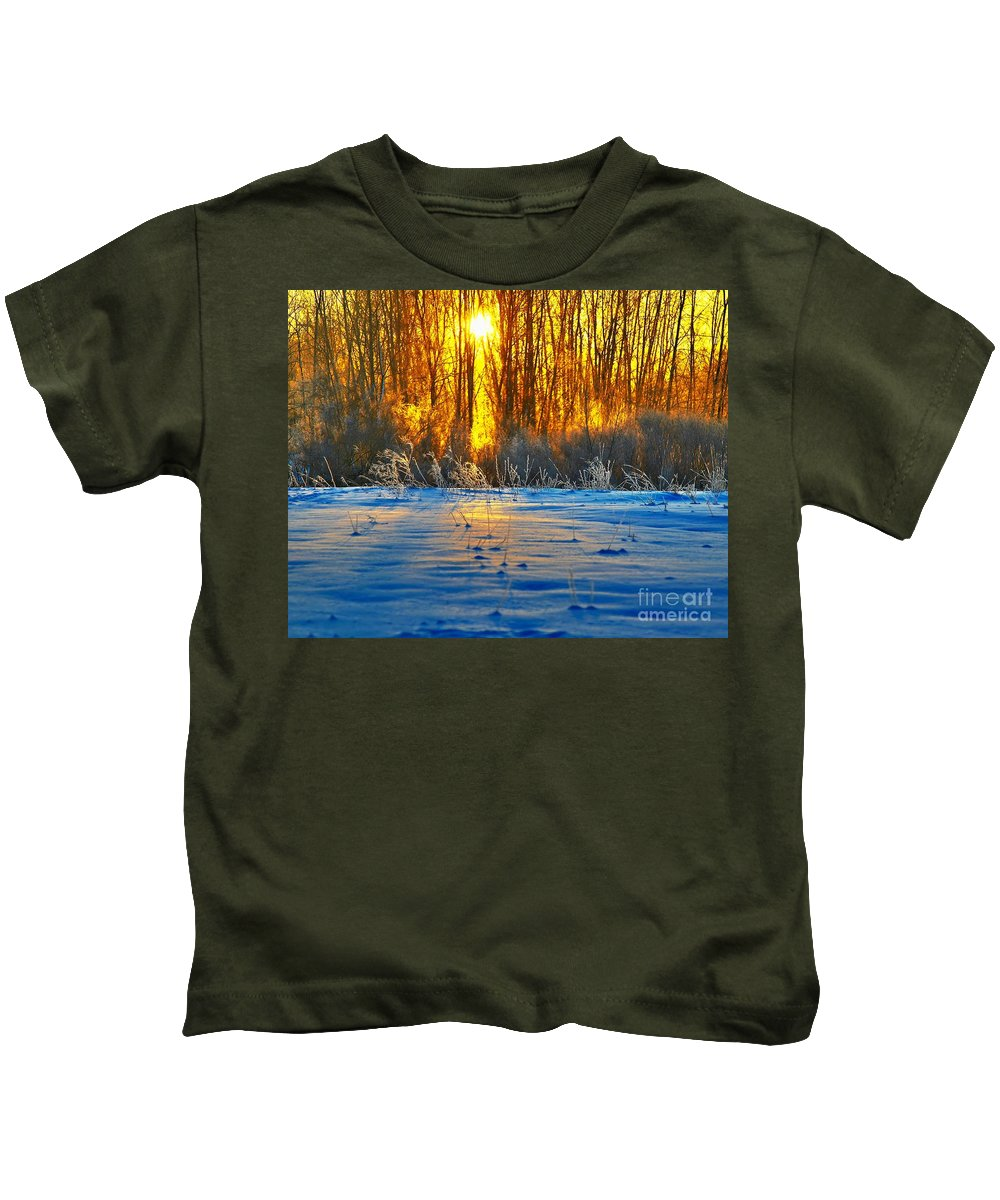 Sunshine Kids T-Shirt featuring the photograph Winters Morning by Robert Pearson