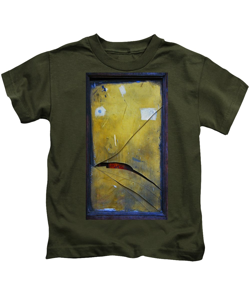 Abstract Kids T-Shirt featuring the photograph Xalapa Miro by Skip Hunt