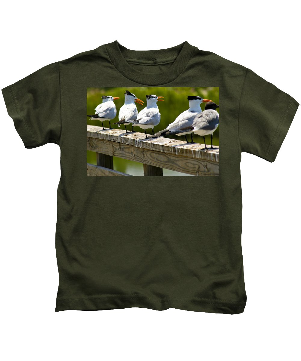 Bird Kids T-Shirt featuring the photograph Yackety Yackety by Marilyn Hunt