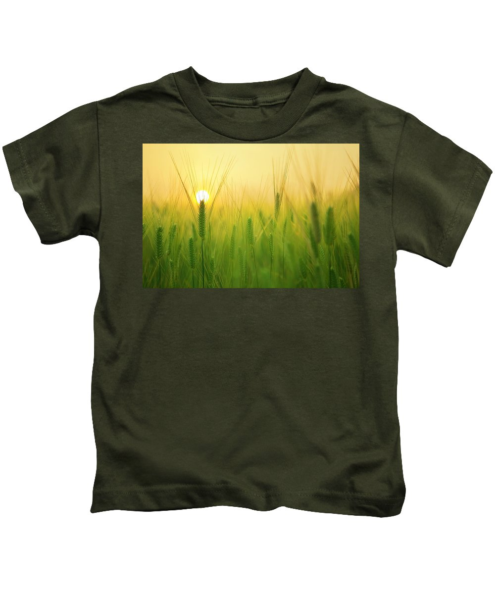 Sun Kids T-Shirt featuring the photograph You'll Remember Me When The West Wind Moves Upon The Fields Of Barley by Billy Soden