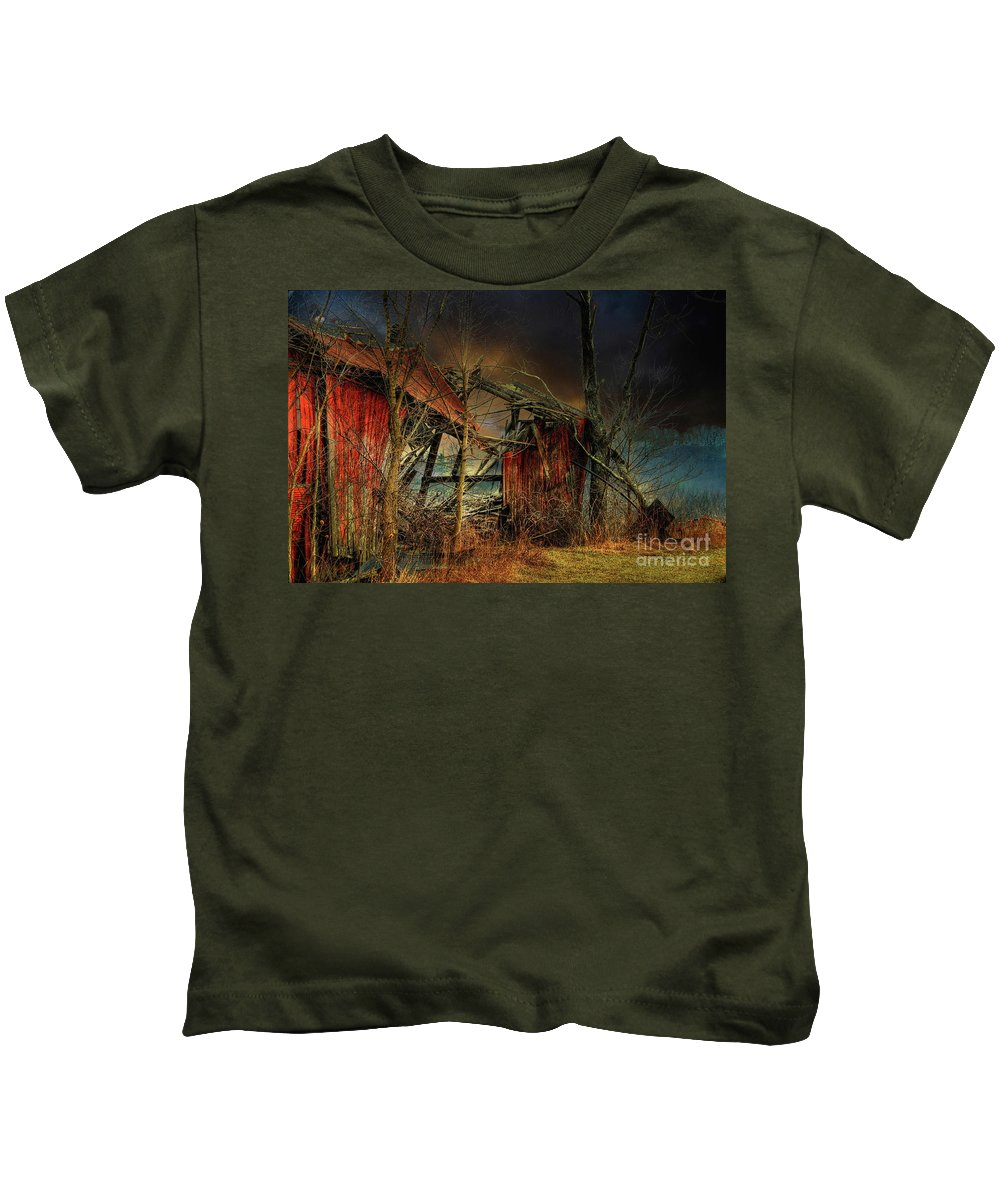 Barn Kids T-Shirt featuring the photograph End Times by Lois Bryan