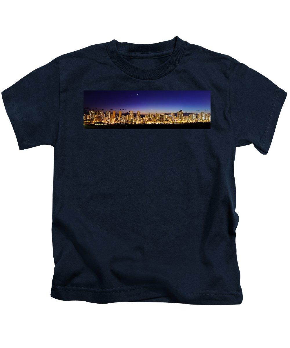 Hawaii Kids T-Shirt featuring the photograph The Moon And Venus Over Honolulu by Jason Chu
