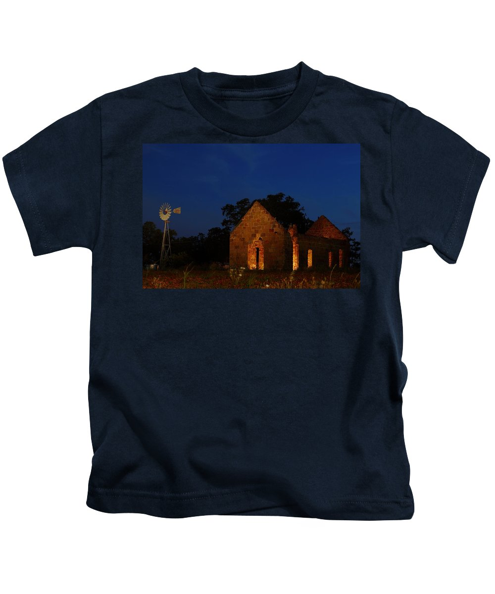 Pontotoc Kids T-Shirt featuring the photograph Pontotoc Ruins 2am-110605 by Andrew McInnes