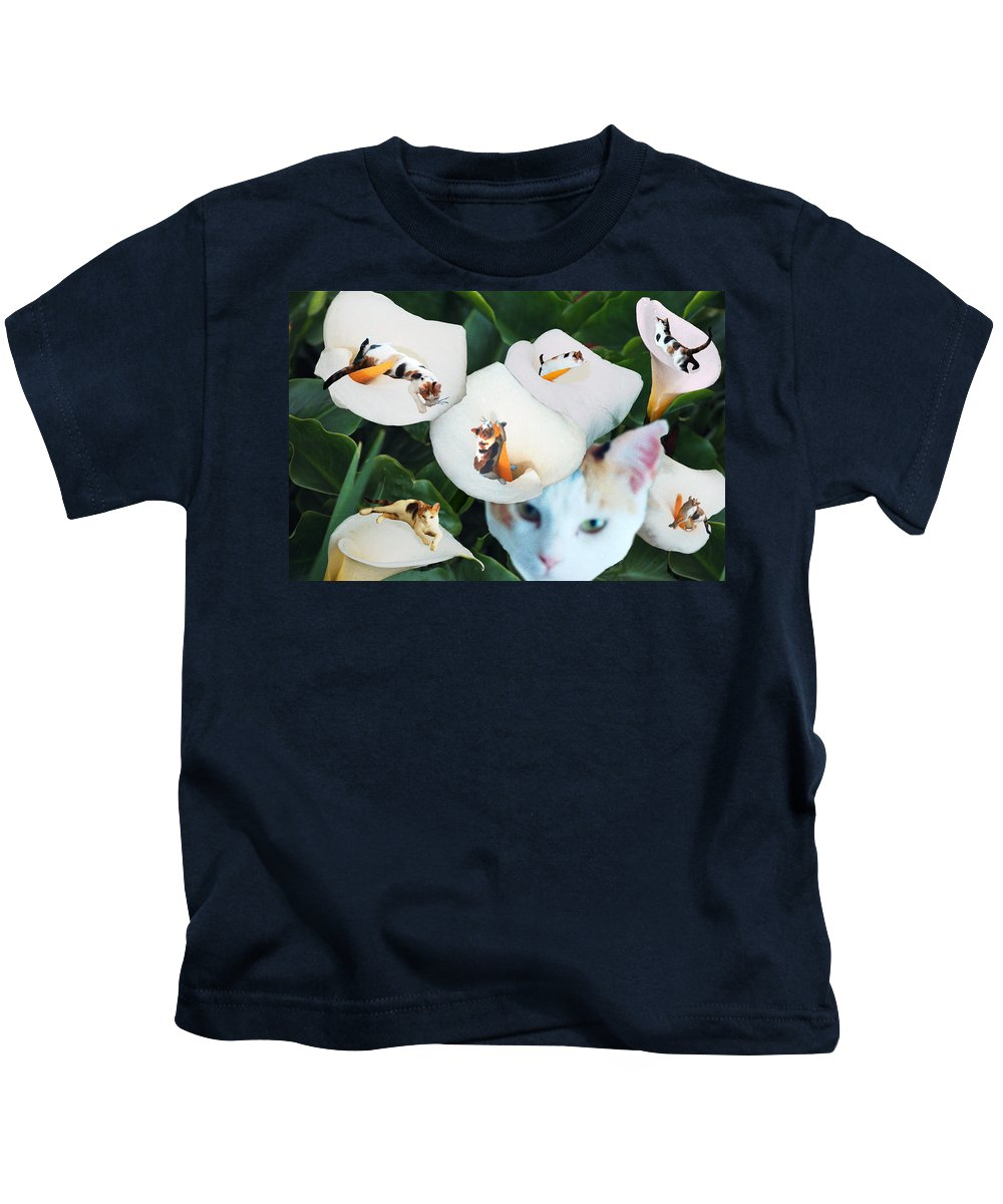 Cat Kids T-Shirt featuring the digital art Cala In Callas by Lisa Yount