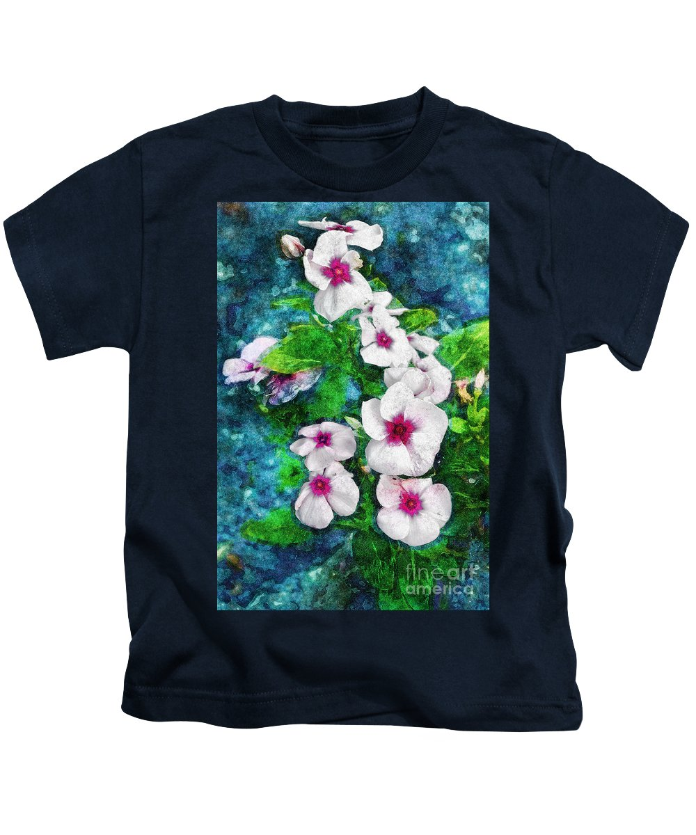 Flowers Kids T-Shirt featuring the photograph Crown by Davy Cheng