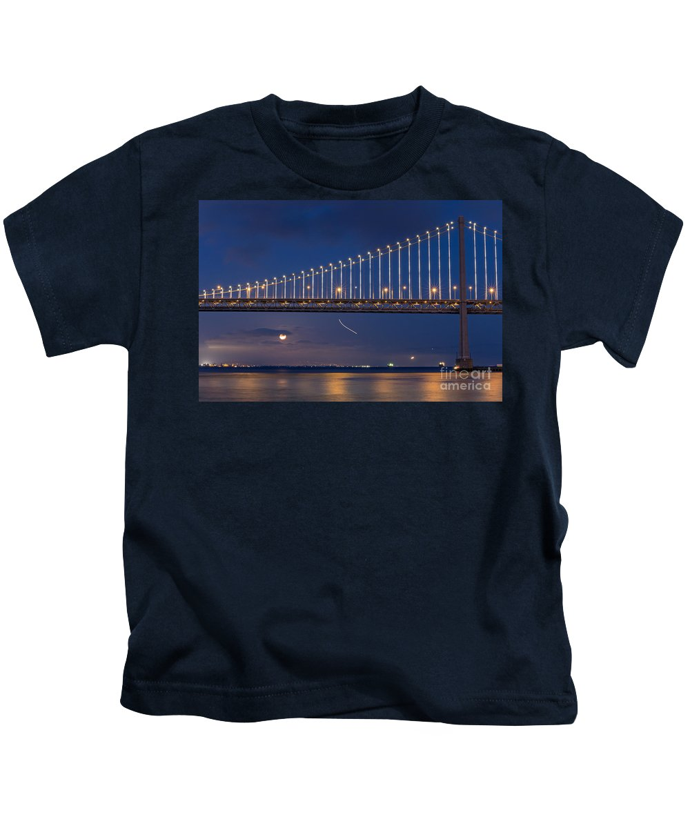Bay Bridge Kids T-Shirt featuring the photograph Full Moon Rising by Kate Brown