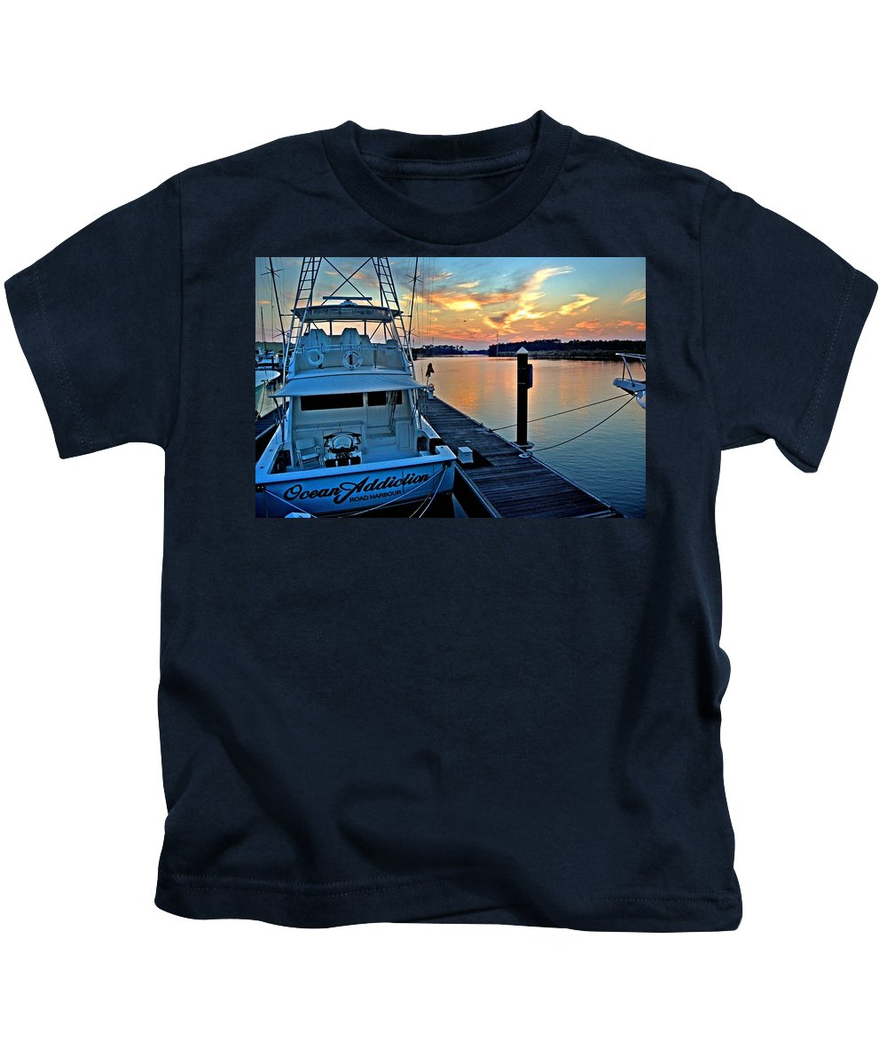 Alabama Kids T-Shirt featuring the digital art Ocean Addiction Sunset by Michael Thomas