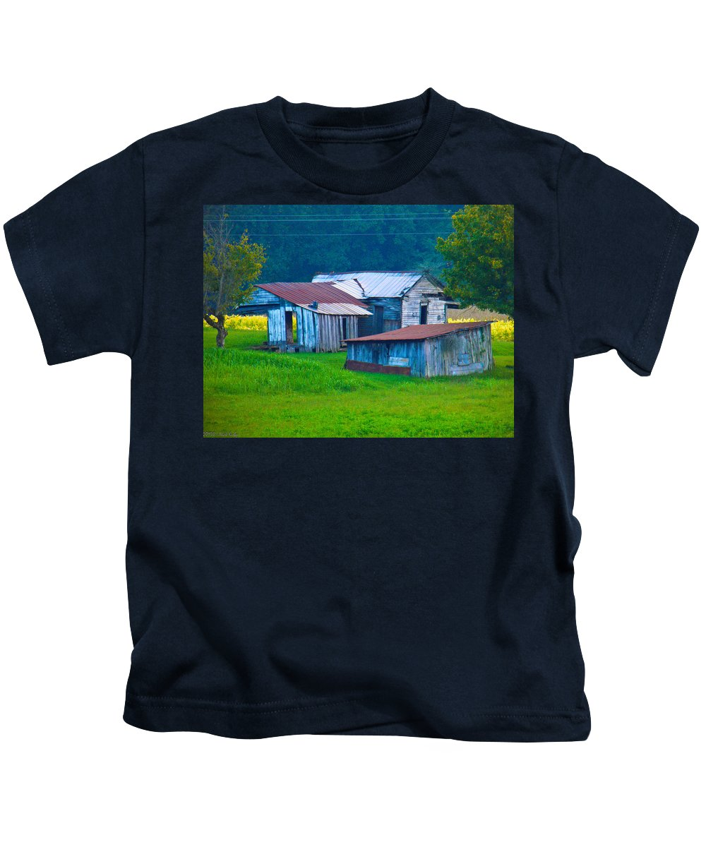 Old Kids T-Shirt featuring the photograph Old House And Harvest Time 2 by Nick Kirby