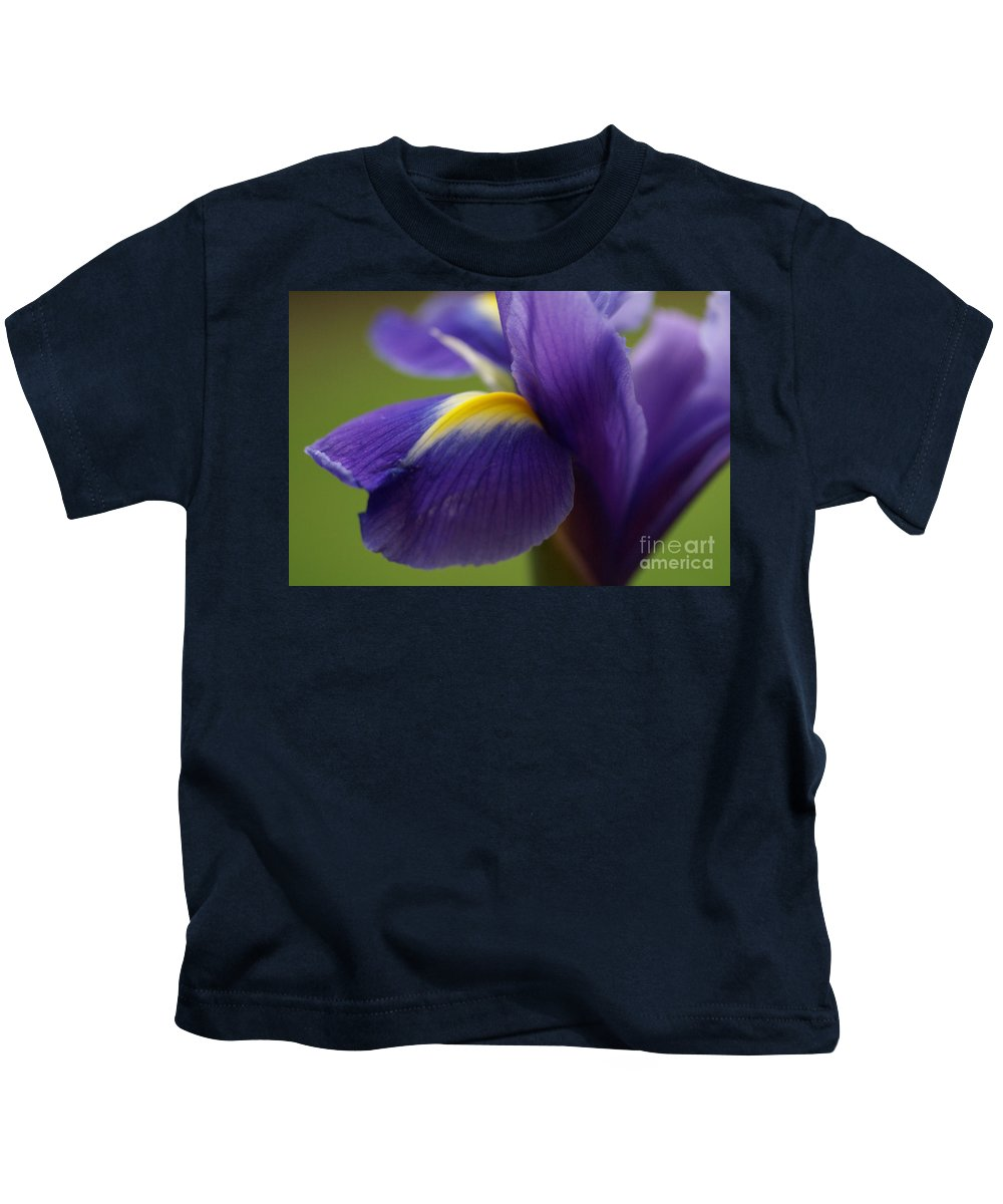 Purple Kids T-Shirt featuring the photograph Purple Iris 8 by Carol Lynch