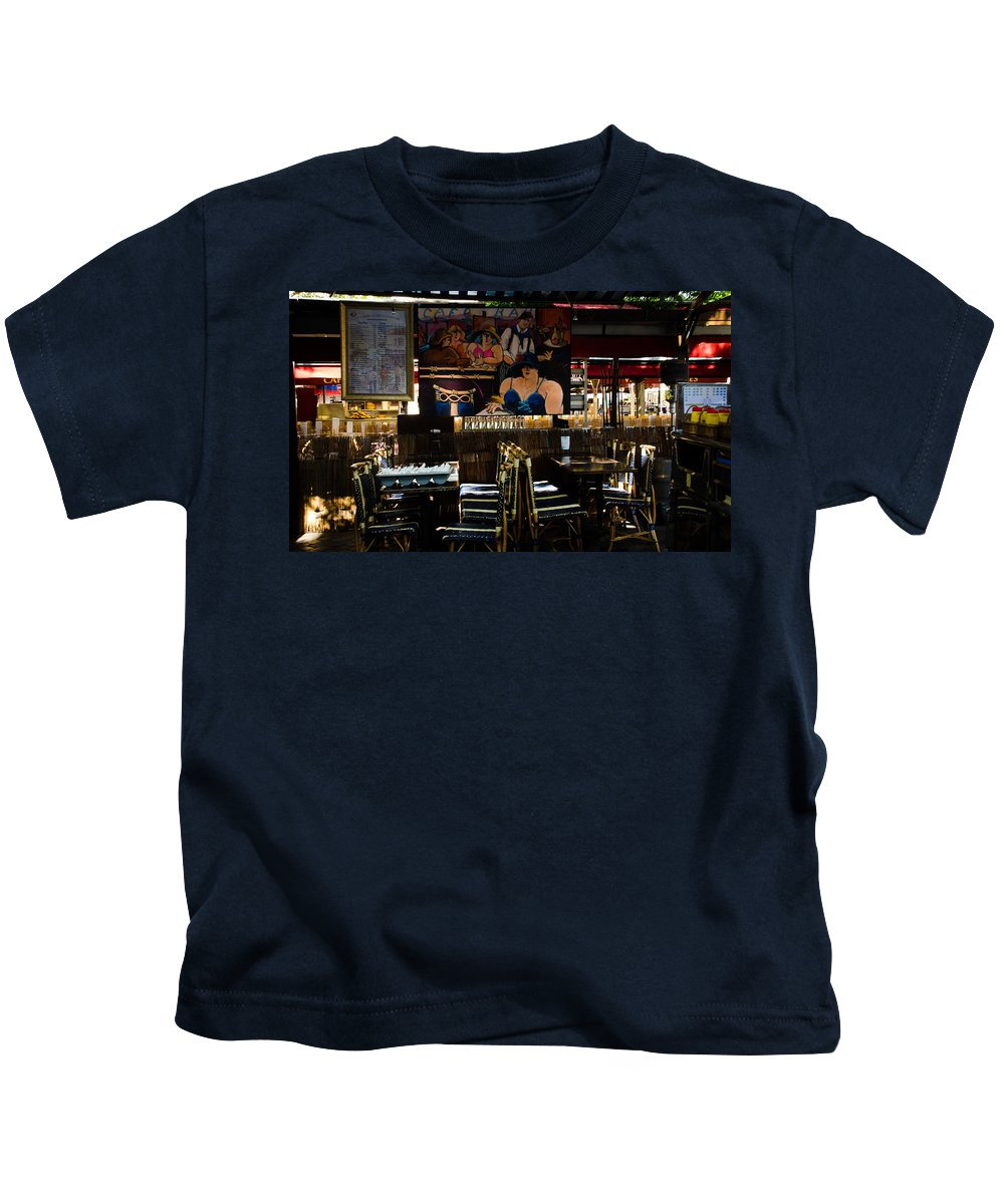 Place Kids T-Shirt featuring the photograph Restaurant In Montmartre by Dany Lison