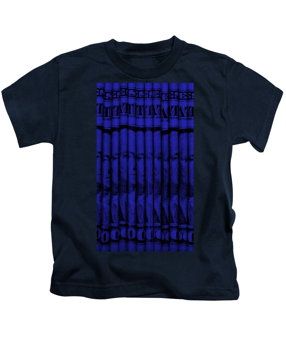 Money Kids T-Shirt featuring the photograph Singles In Blue by Rob Hans