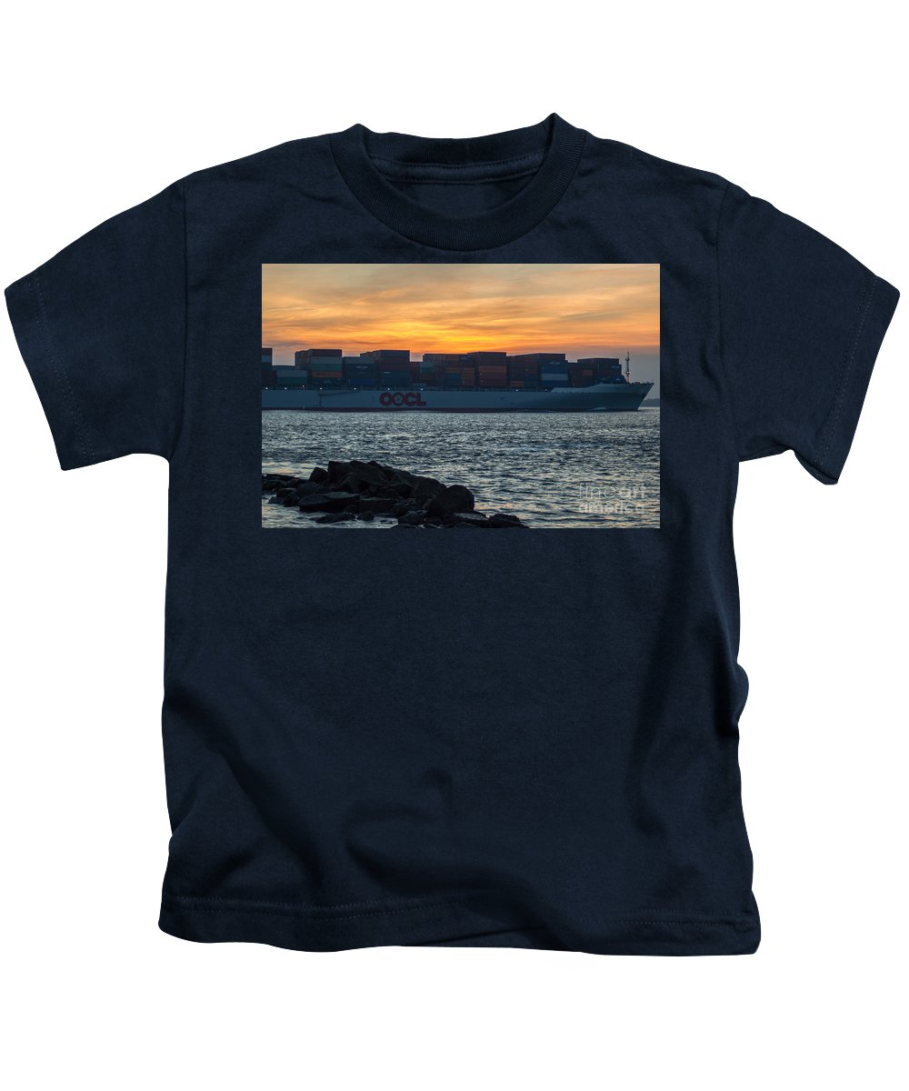 Freighter Kids T-Shirt featuring the photograph Stay The Course by Dale Powell