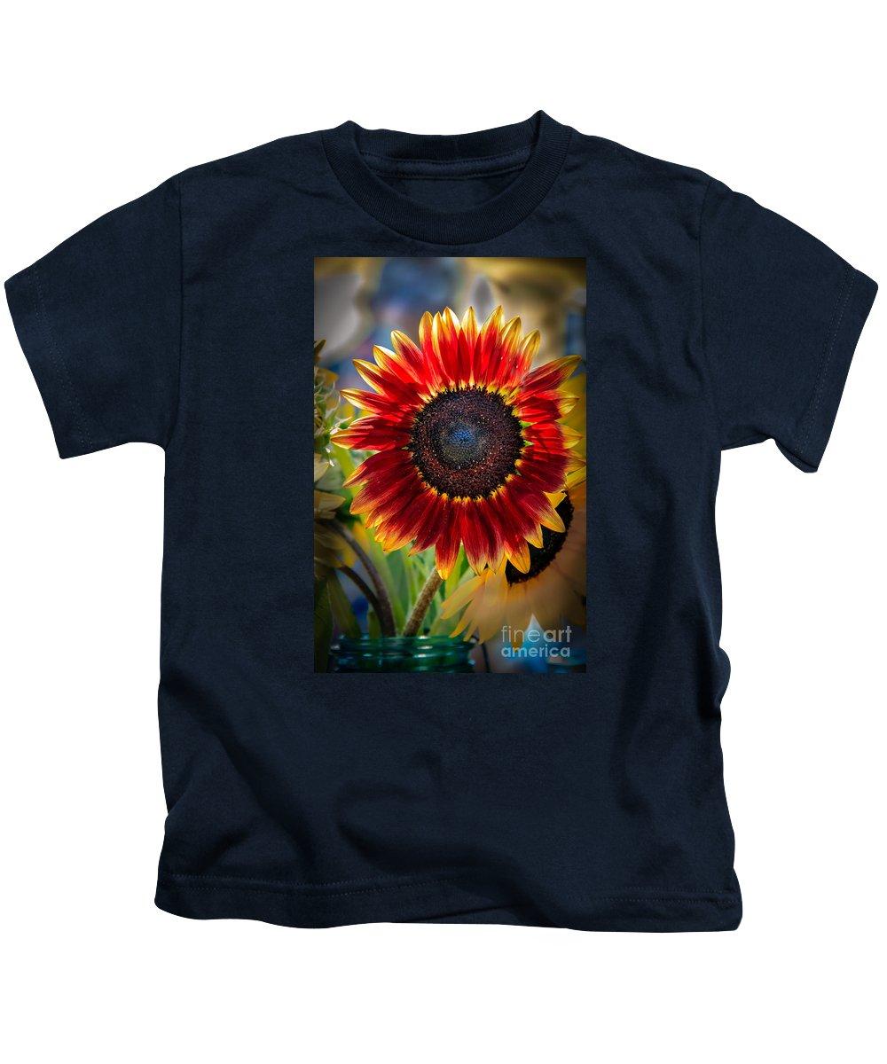 Sunflower Kids T-Shirt featuring the photograph Sunflower Beauty by Robert Bales