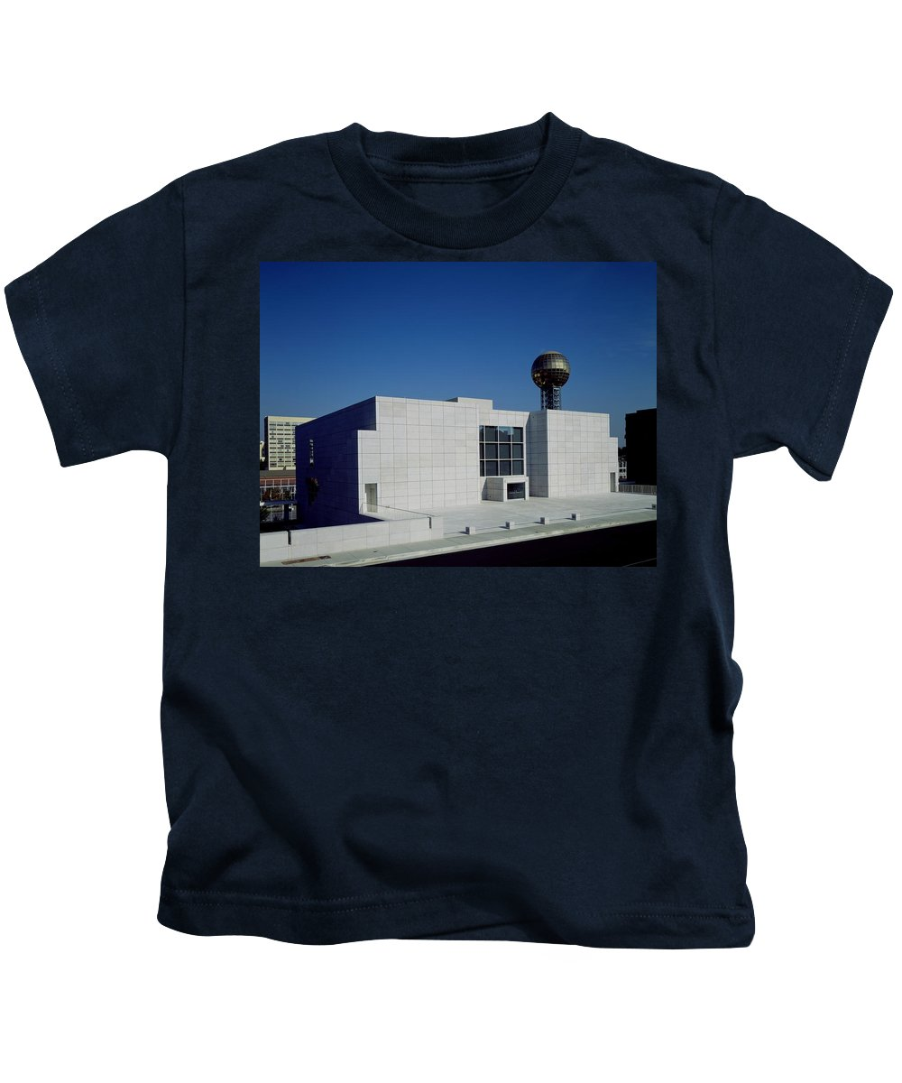 Knoxville Kids T-Shirt featuring the photograph The Knoxville Museum Of Art by Mountain Dreams