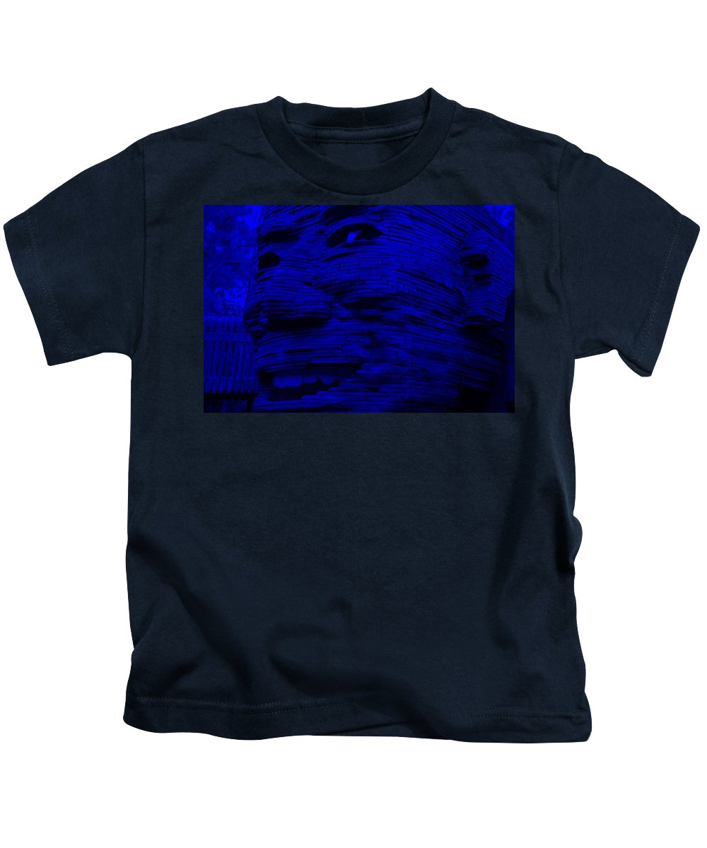 Architecture Kids T-Shirt featuring the photograph Gentle Giant In Blue by Rob Hans