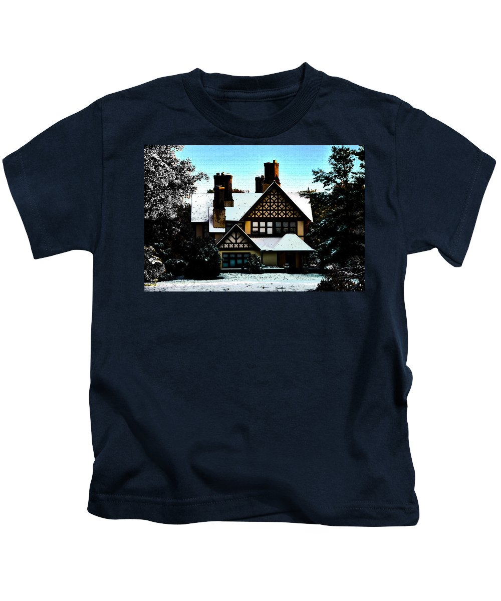 Gingerbread Kids T-Shirt featuring the photograph Gingerbread House by Bill Cannon