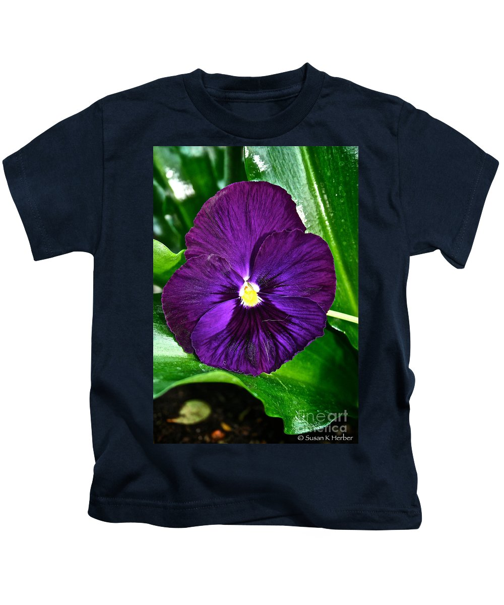 Tropical Plant Kids T-Shirt featuring the photograph Pure Purple by Susan Herber