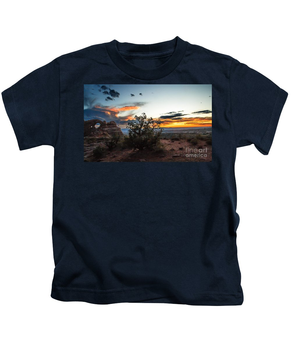 Arches National Park Kids T-Shirt featuring the photograph Sunset At Turrent Arch by Robert Bales