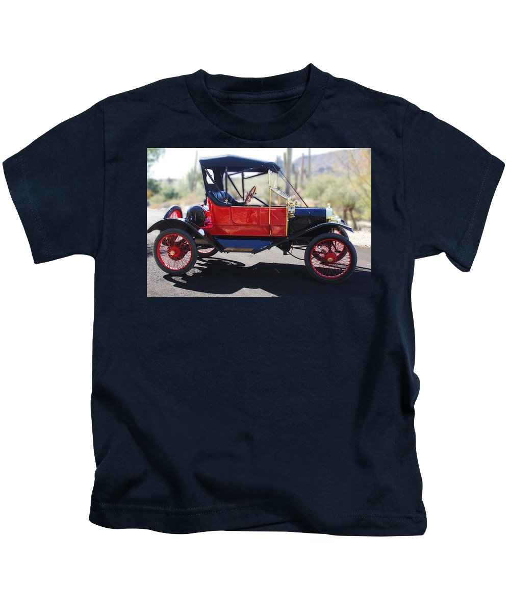 Horseless Carriage Kids T-Shirt featuring the photograph 1911 Ford Model T Torpedo by Jill Reger