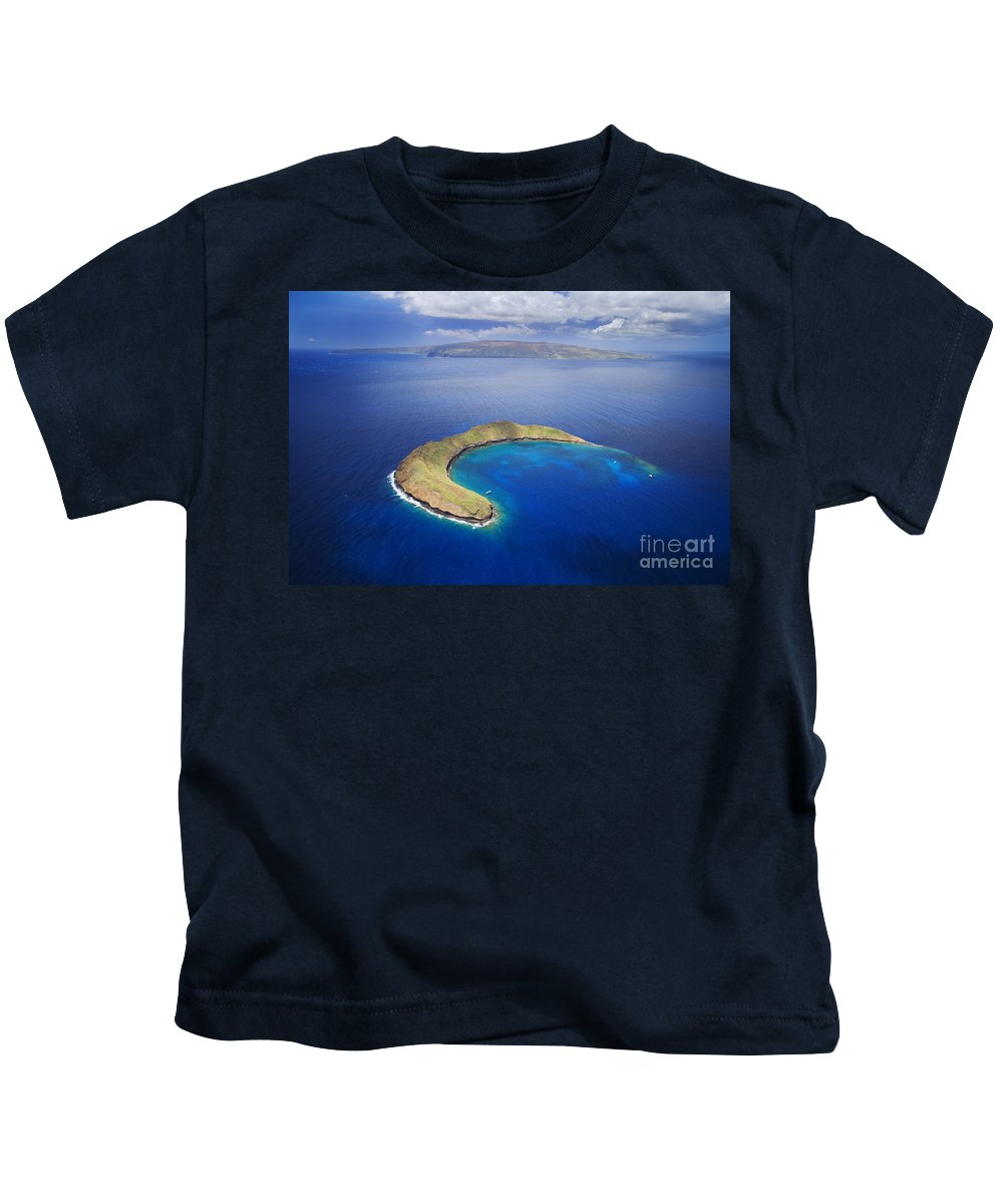 Above Kids T-Shirt featuring the photograph Maui, View Of Islands by Ron Dahlquist - Printscapes