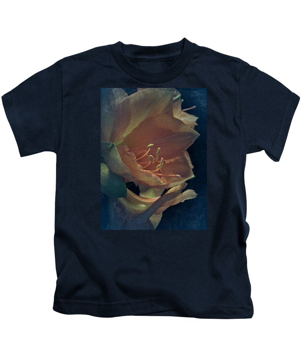 Amaryllis Kids T-Shirt featuring the photograph Vintage Amaryllis by Richard Cummings