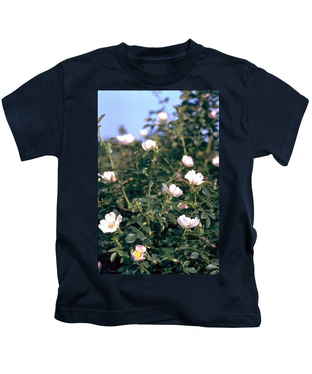 Anemone Kids T-Shirt featuring the photograph Anemone by Flavia Westerwelle