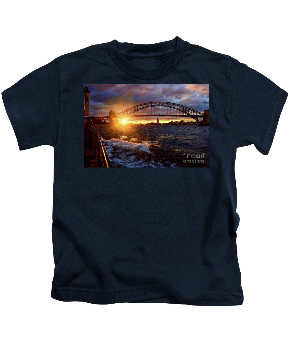 Harbour Bridge Sunset Kids T-Shirt featuring the photograph Harbour Bridge Sunset By Kaye Menner by Kaye Menner