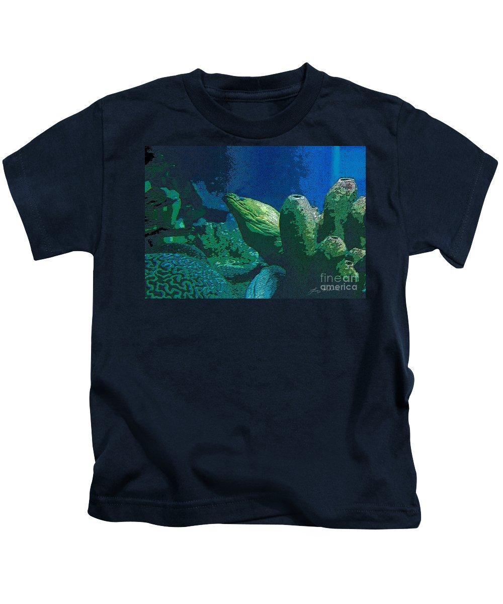 Eel Kids T-Shirt featuring the digital art Hidden Eel by Tommy Anderson