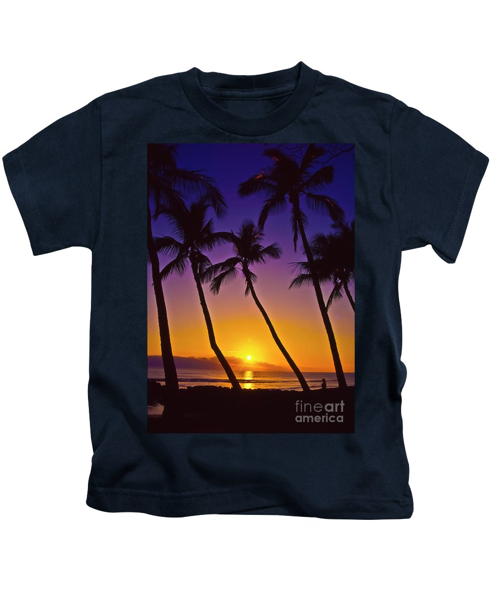 Sunset Kids T-Shirt featuring the photograph Launiupoko Sunset by Jim Cazel
