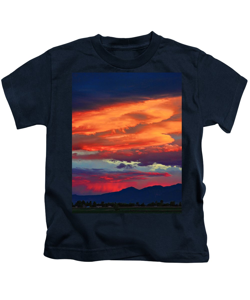 Sunsets Kids T-Shirt featuring the photograph Looking To Boulder by James BO Insogna