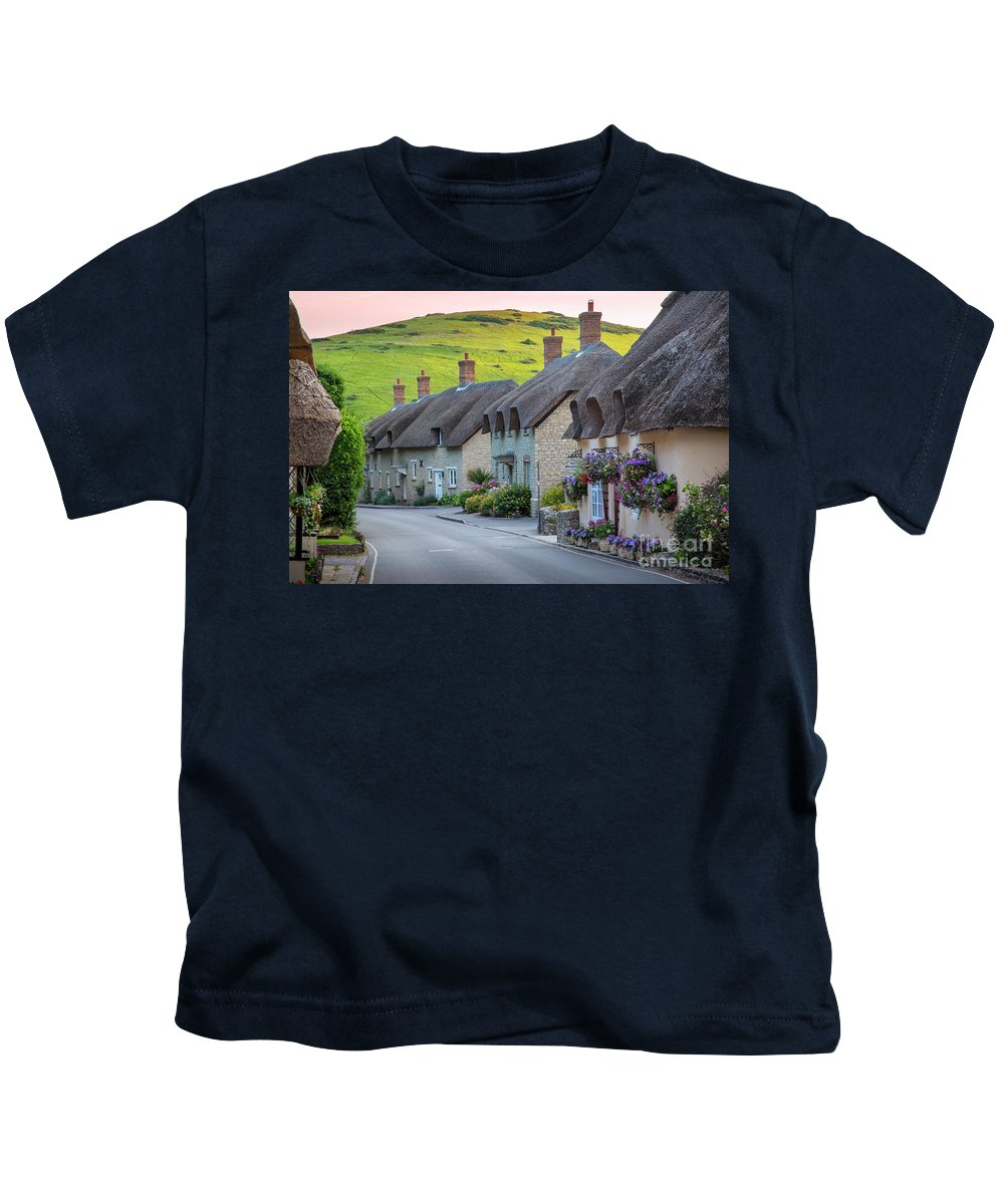 Cottage Kids T-Shirt featuring the photograph Lulworth Cottages by Brian Jannsen