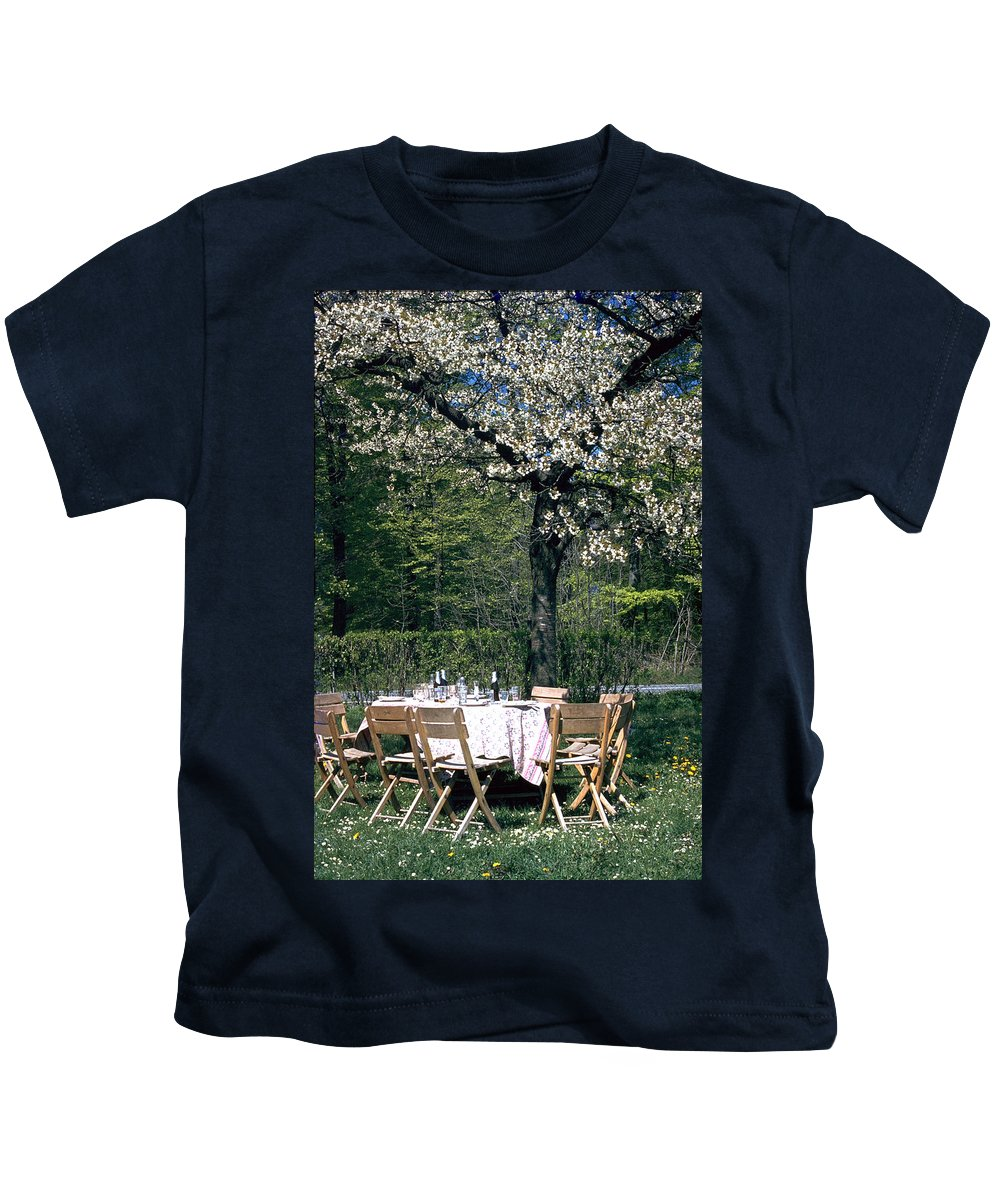 Lunch Kids T-Shirt featuring the photograph Lunch by Flavia Westerwelle