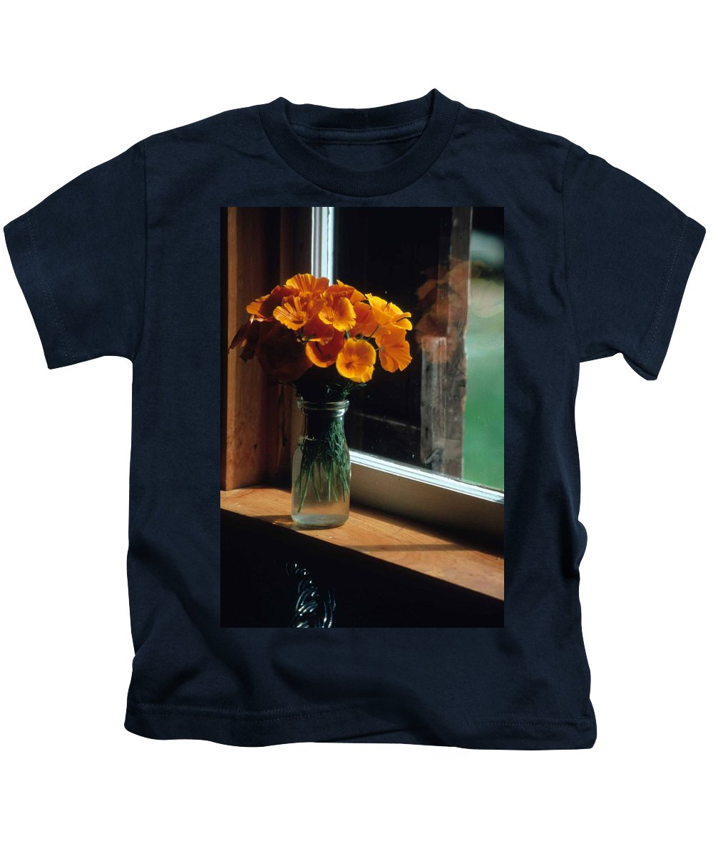 Maine Windowsill Kids T-Shirt featuring the photograph Maine Windowsill by Laurie Paci
