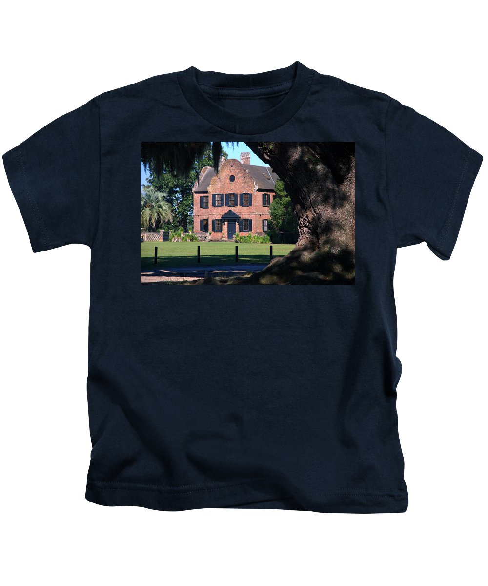 Photography Kids T-Shirt featuring the photograph Middleton Place Plantation House by Susanne Van Hulst