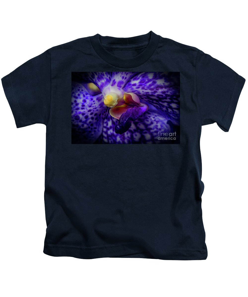 Orchid Kids T-Shirt featuring the photograph Orchid 2160tg by Doug Berry