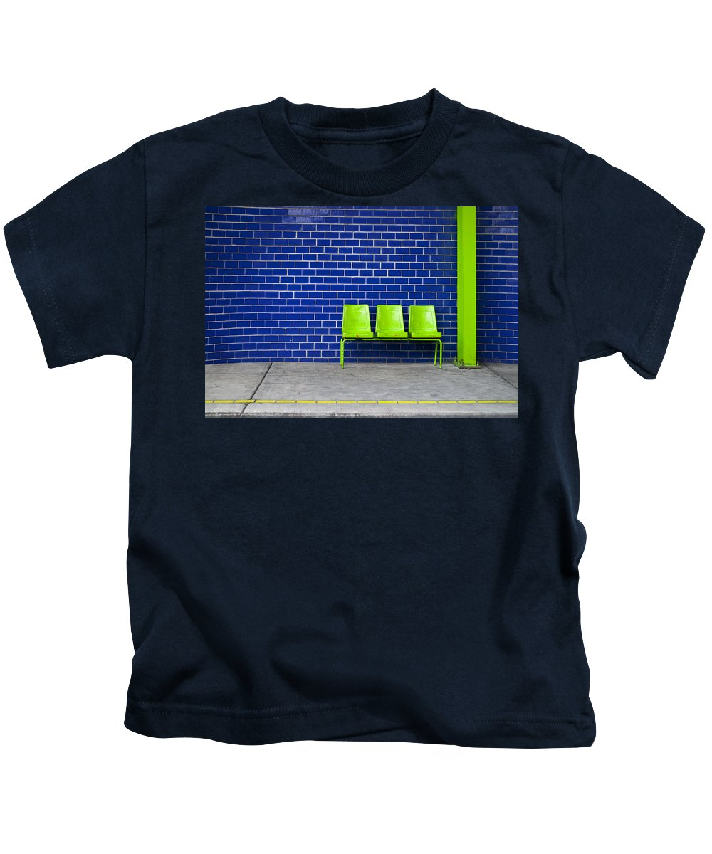 Green Kids T-Shirt featuring the photograph Paradaxochi by Skip Hunt