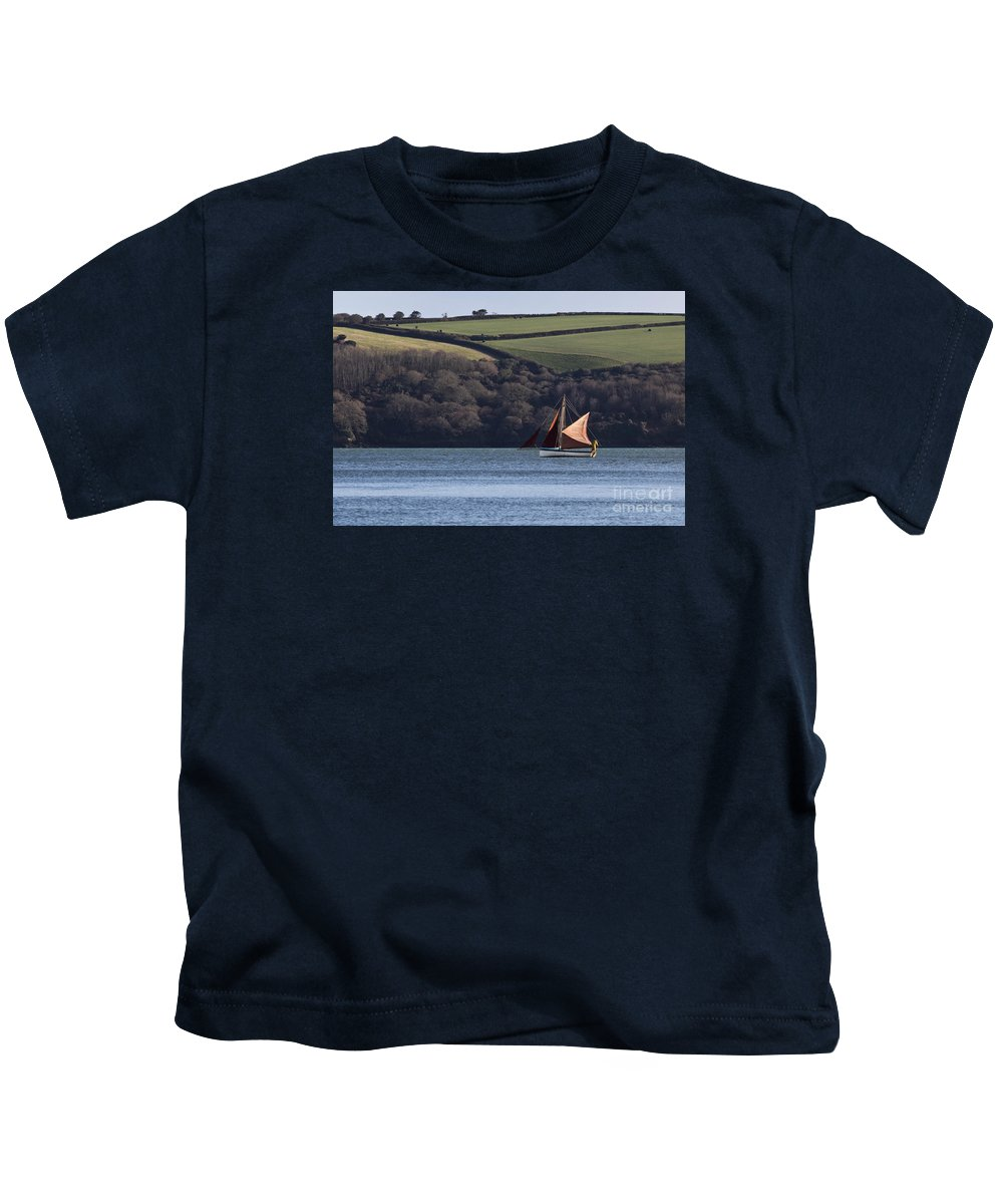 Red Sails Kids T-Shirt featuring the photograph Red Sails In Carrick Roads by Terri Waters