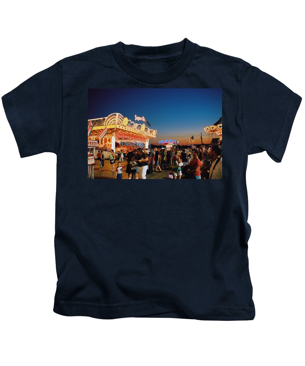Board Walk Kids T-Shirt featuring the photograph Super Himalaya by Steve Karol