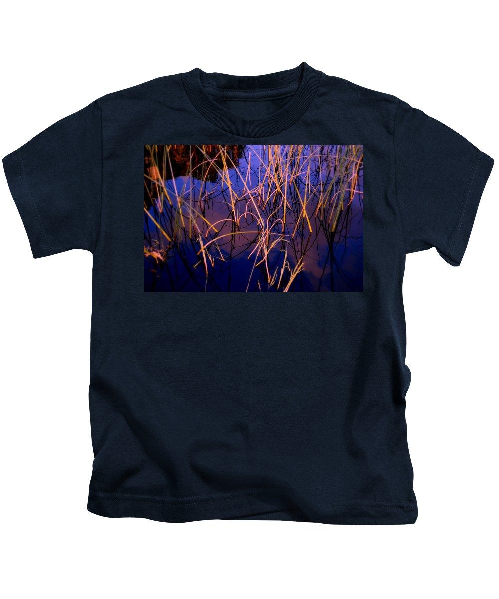Zen Kids T-Shirt featuring the photograph The Center by Susanne Van Hulst