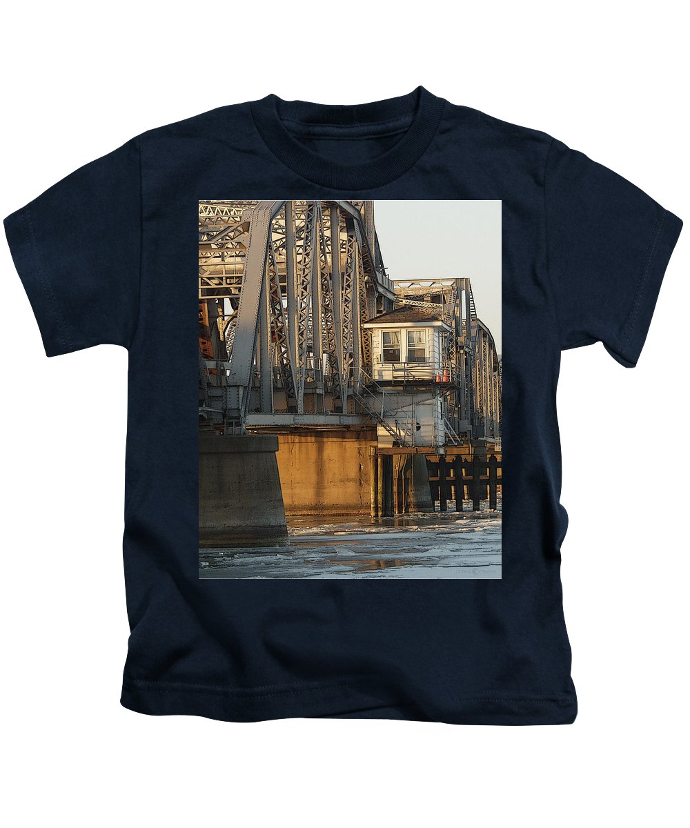 Bridge Kids T-Shirt featuring the photograph Winter Bridgehouse by Tim Nyberg