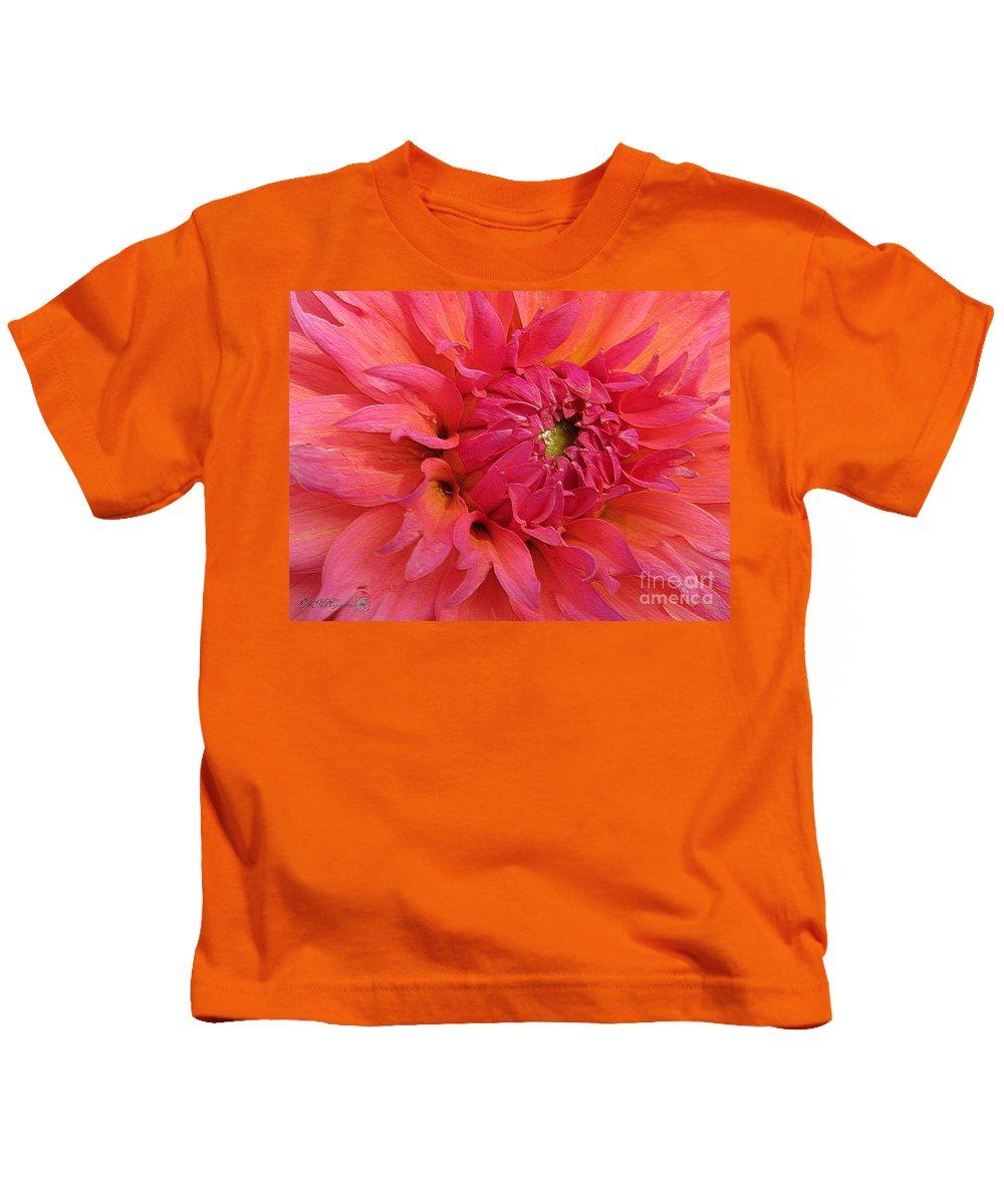 Dahlia Kids T-Shirt featuring the digital art Dahlia Named Oreti Lass by J McCombie