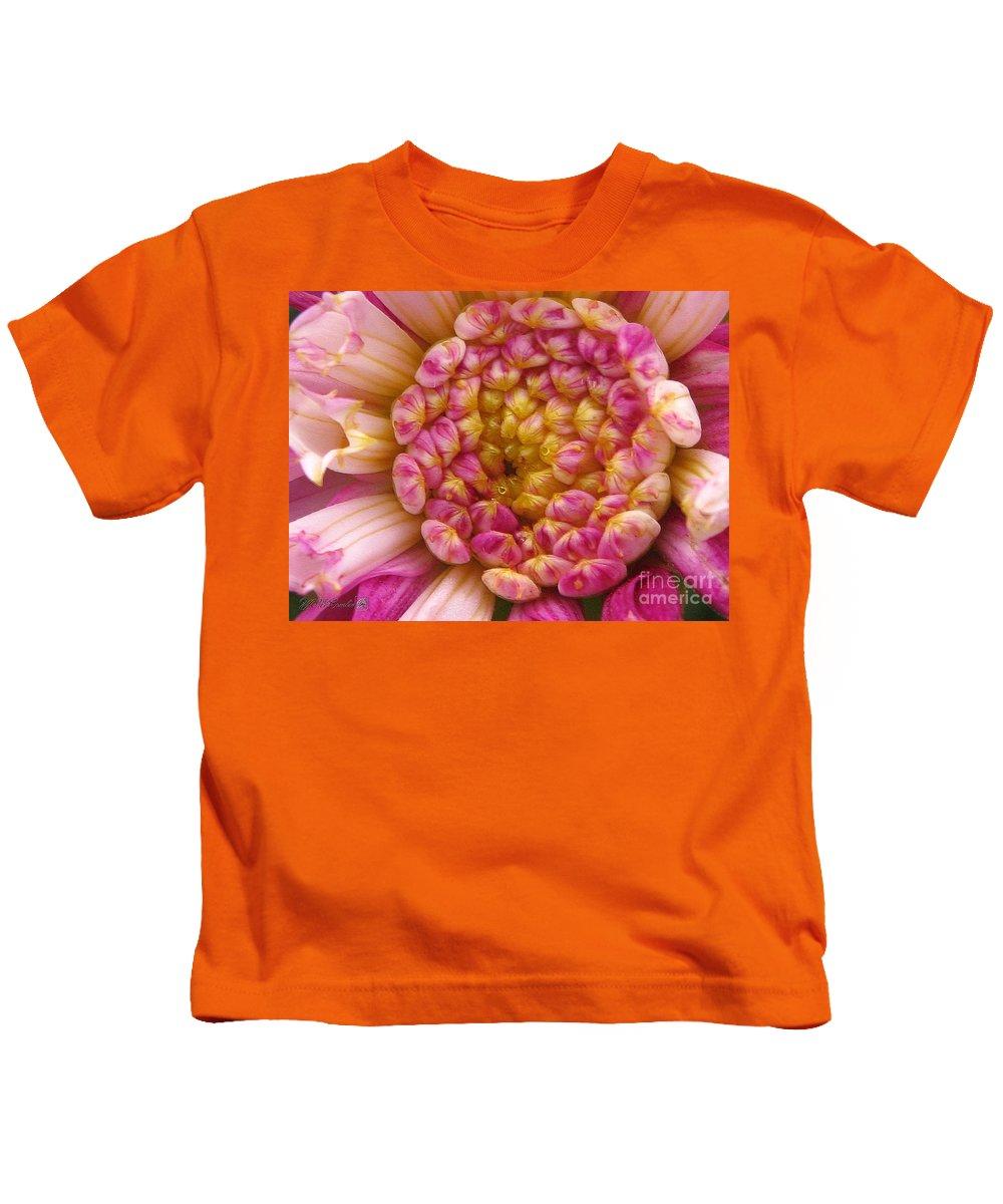 Dahlia Kids T-Shirt featuring the digital art Dahlia Named Siemen Doorenbosch by J McCombie