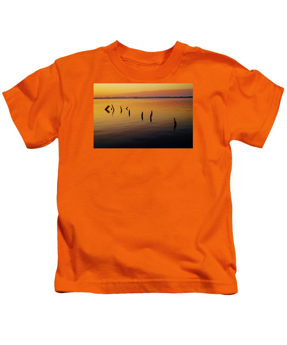 Sunrise Kids T-Shirt featuring the photograph Awaiting The Sun's Return by Daniel Thompson