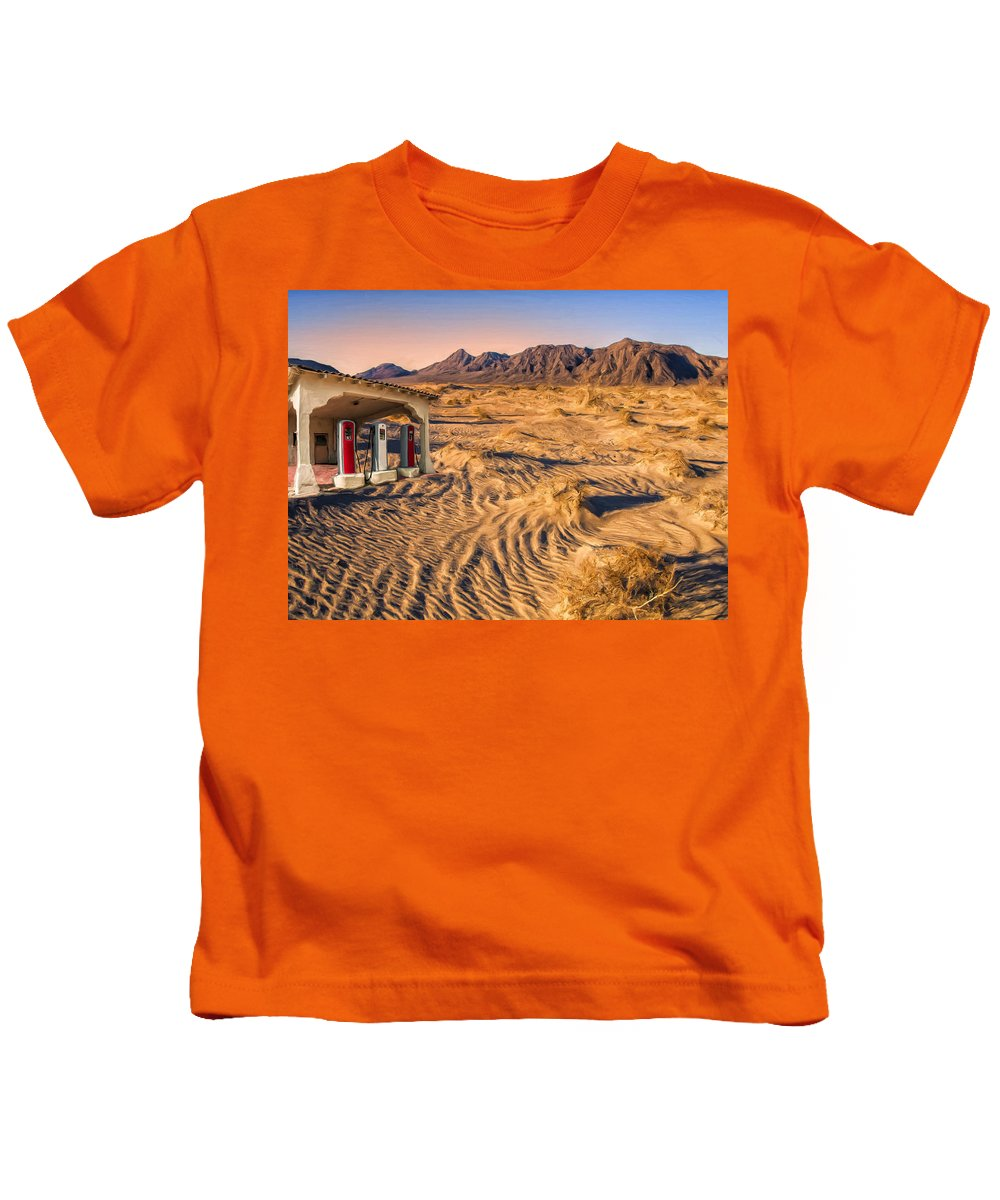 Desert Kids T-Shirt featuring the painting Disservice Station by Dominic Piperata
