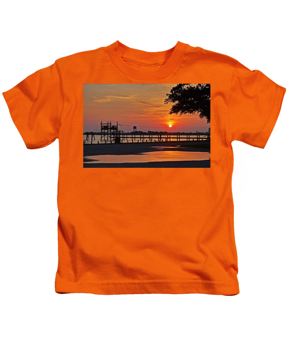 Palm Kids T-Shirt featuring the digital art Sunrise At Lake Shelby by Michael Thomas