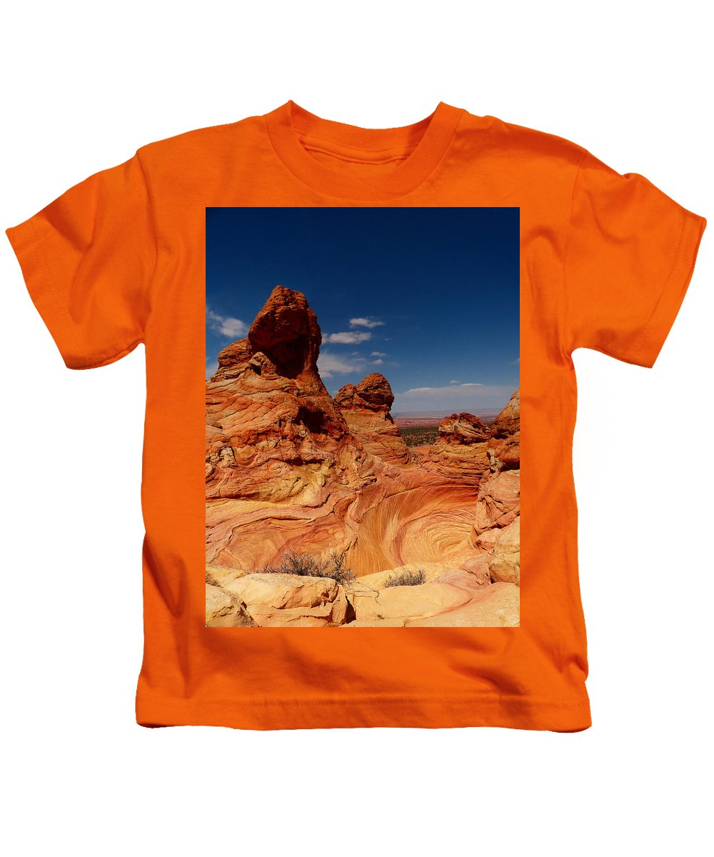 Towering Kids T-Shirt featuring the photograph Towering Red Rocks by Alan Socolik