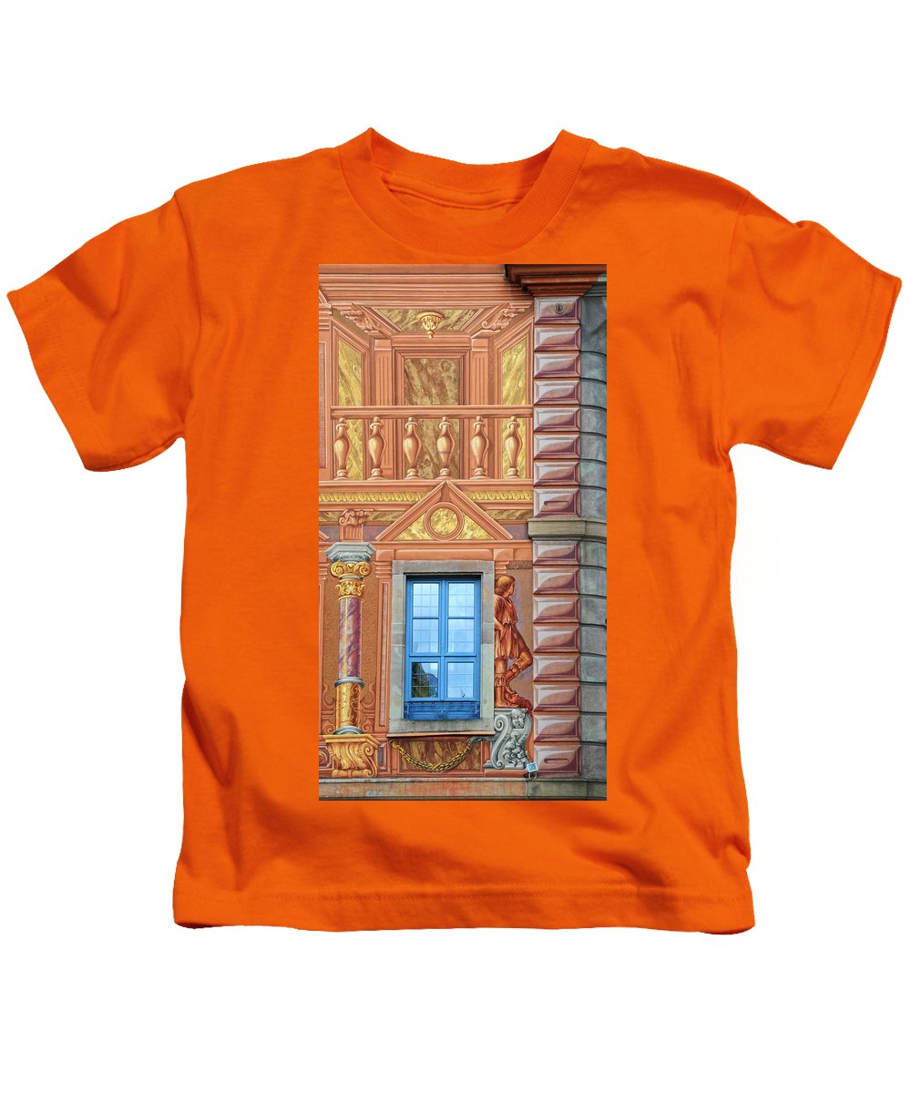 Tromp L'oeil Kids T-Shirt featuring the photograph Tromp L'oeil In Strasbourg by Dave Mills
