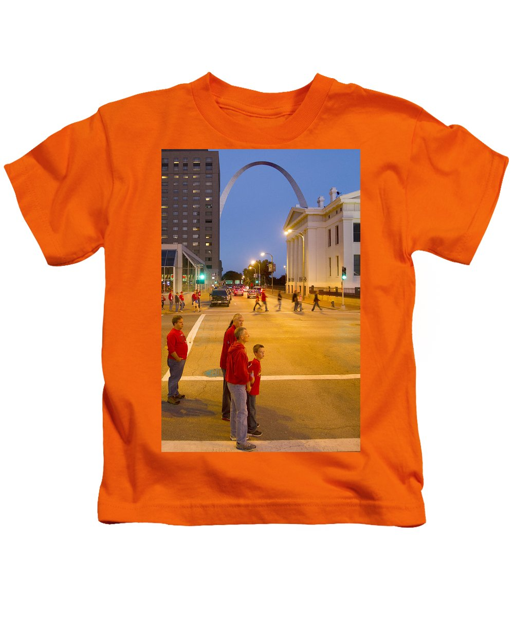 St Louis Kids T-Shirt featuring the photograph Waiting On Red by Garry McMichael