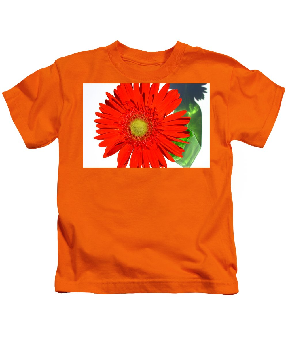 Gerbera Photographs Kids T-Shirt featuring the photograph 2003a1-1 by Kimberlie Gerner Wells